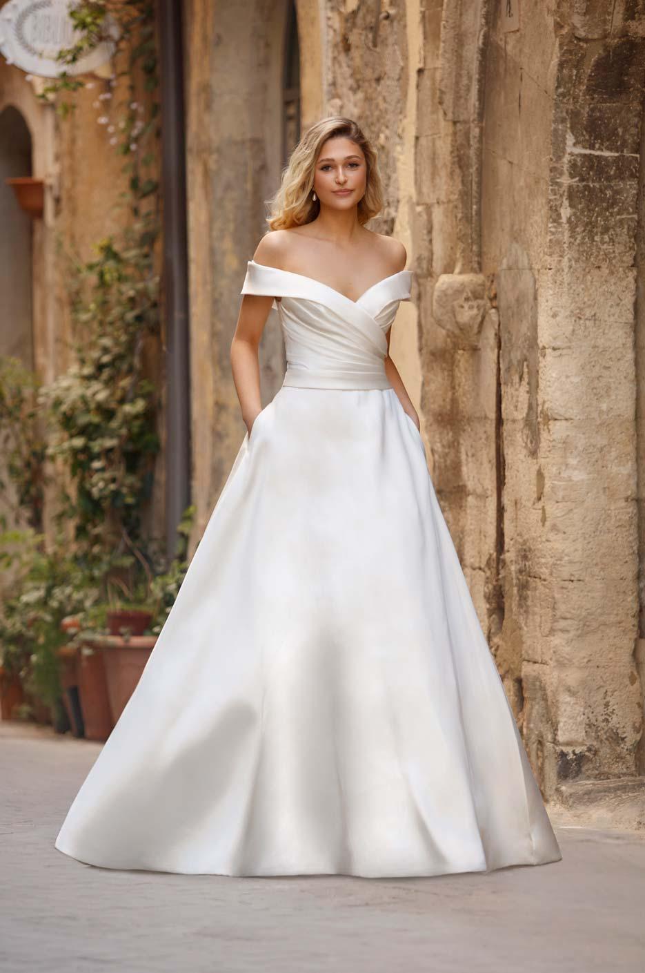 Hochzeitskleid aus Satin