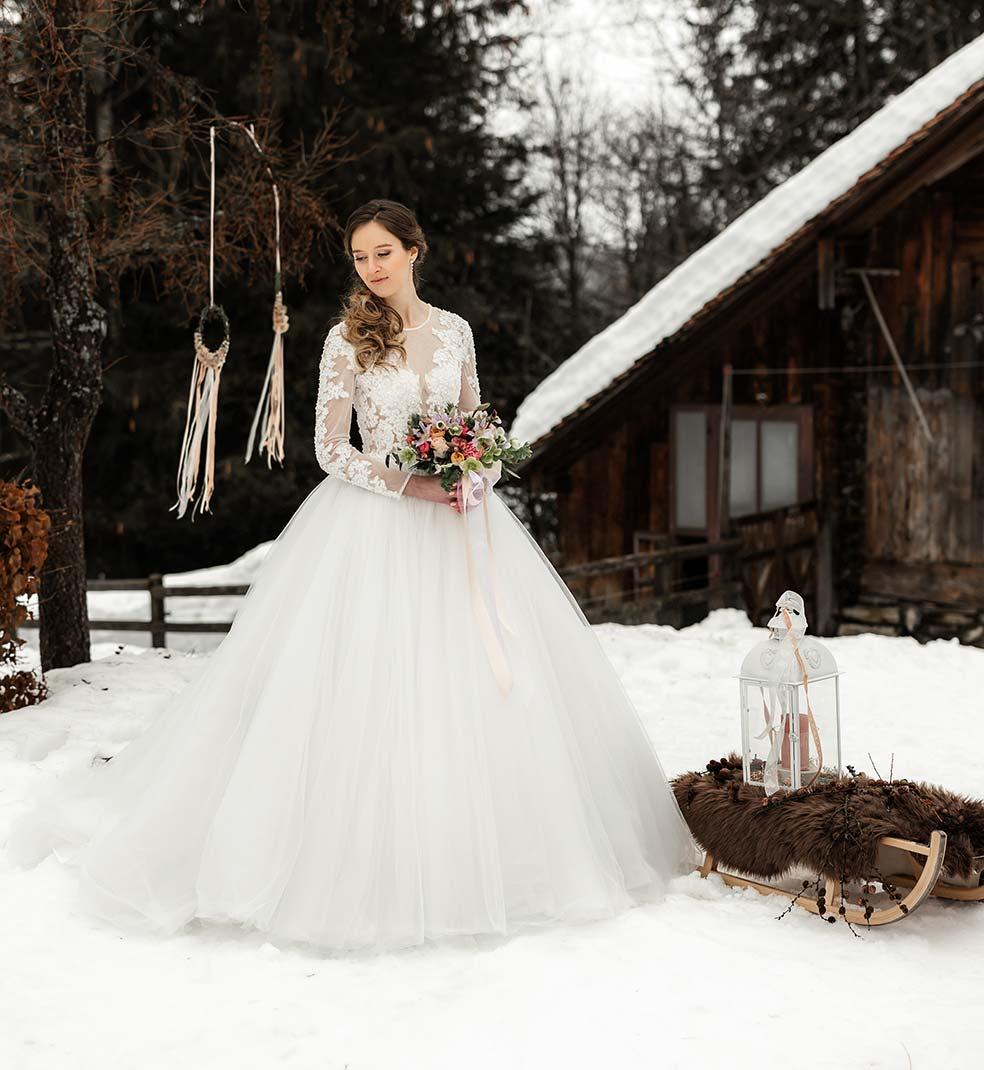 Winterhochzeit-Brautkleid-Bella-Sposa-3