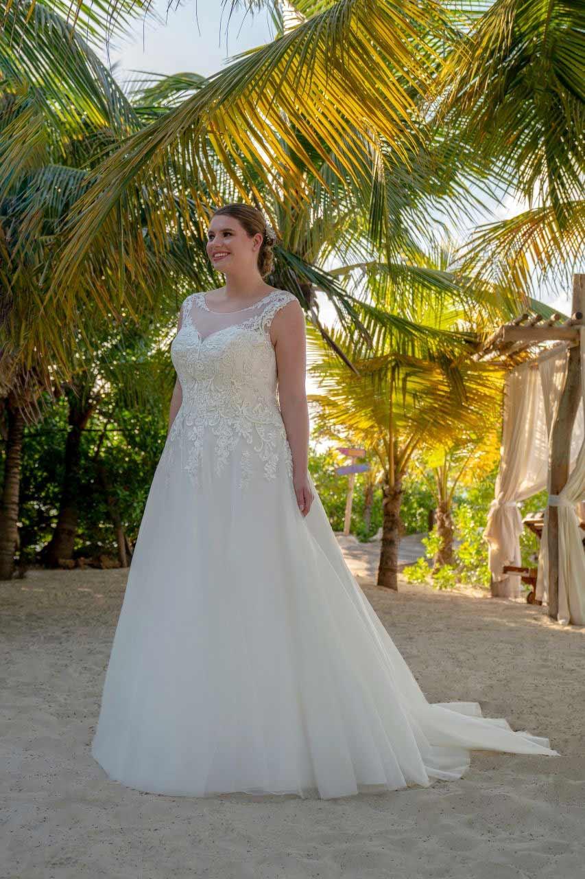 Hochzeitskleid-30002-Ria-Bella-Sposa