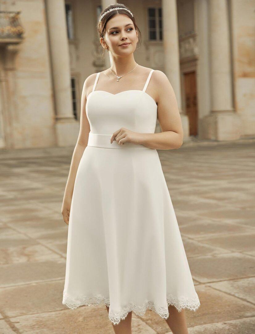 Brautkleid-Peonia-plus-size-Bella-Sposa