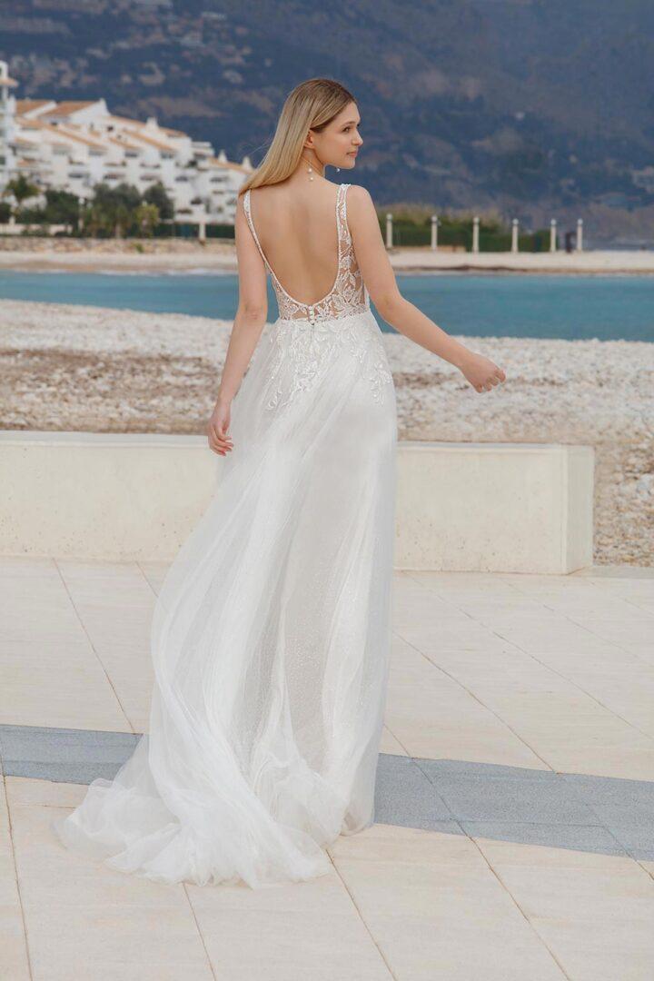 Dagmar-back-Bella-Sposa