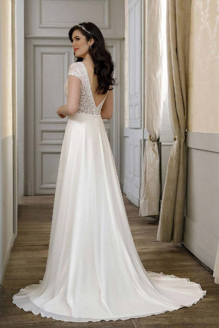 40014-back-Bella-Sposa