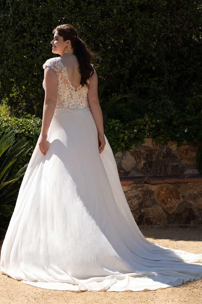Hochzeitskleid-30066W-1-Bella-Sposa