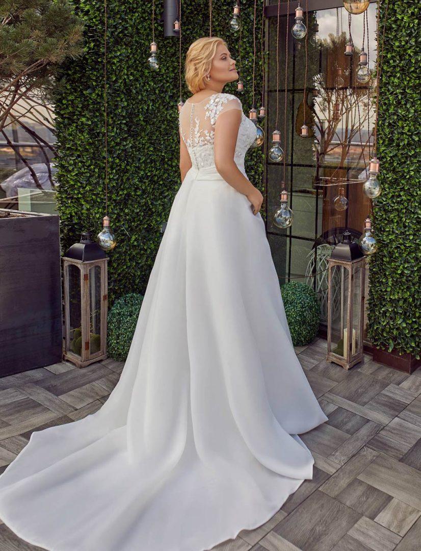 Hochzeitskleid-Sophie-plus-size-back-Bella-Sposa