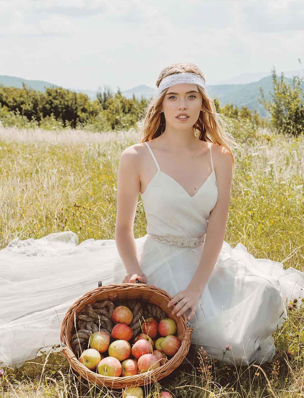 Boho-Brautkleid-Joanna-zoom-Bella-Sposa