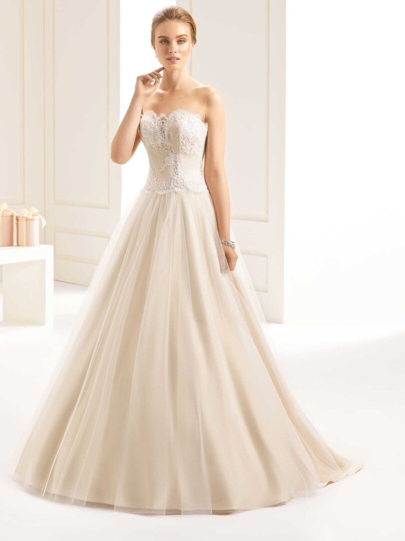 Isabelle_1_champagne_Bella-Sposa